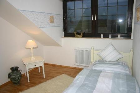 ferienhaus meadow in k nigswinter oberpleis. Black Bedroom Furniture Sets. Home Design Ideas